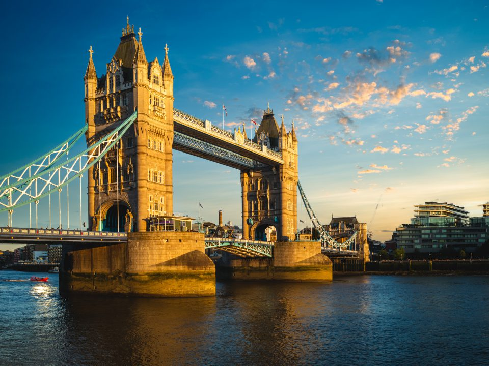 Tower,Bridge,By,River,Thames,In,London,,England,,Uk